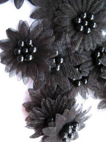 10 X BLACK ORGANZA DAISY BEADED FLOWER EMBELLISHMENTS HEADBAND APPLIQUES CARD MAKING